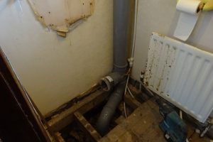 Connect toilet pipe to existing cloakroom soil pipe