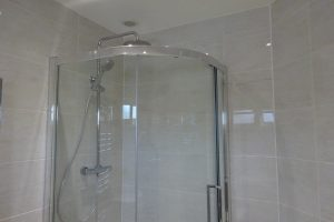 8mm quadrant Shower Screen