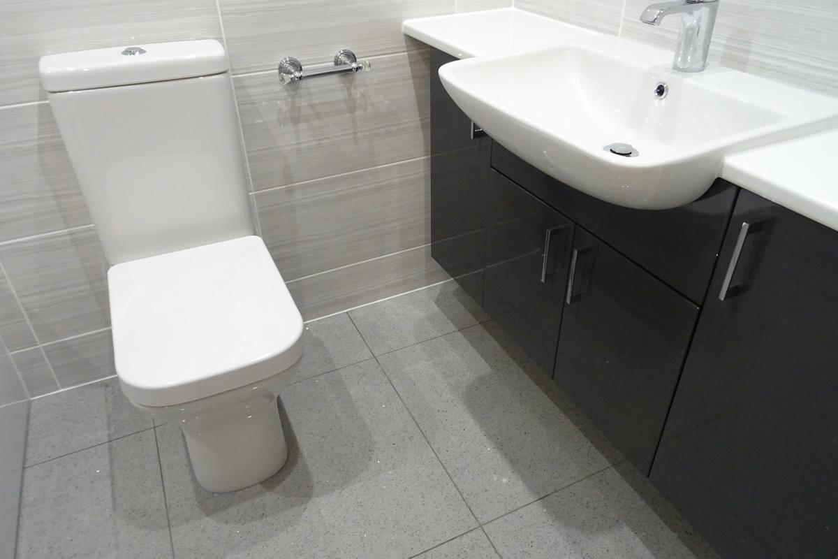 Fitted Bathroom by Earlsdon Bathrooms
