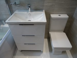 Bathroom fitted with Basin and Toilet Coventry