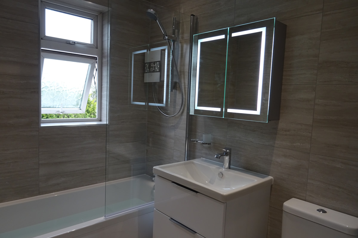 Modern Fitted Family Bathroom Wainbody Avenue South Coventry