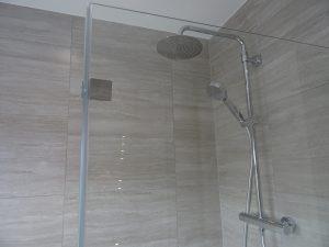 Tavistock Quantum thermostatic shower in bathroom Coventry