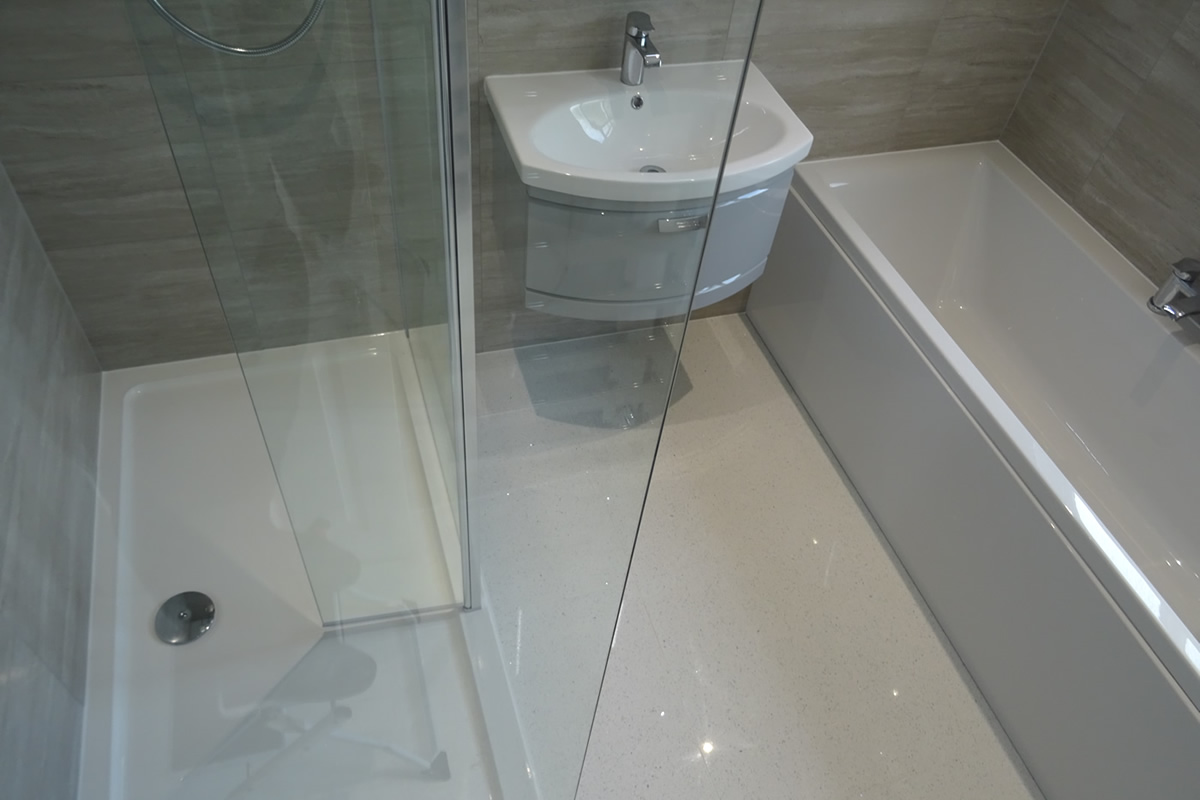Bathroom fitted with wall hung basin